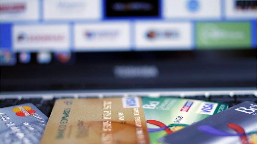 Filtración de datos de tarjetas bancarias y no bancarias
